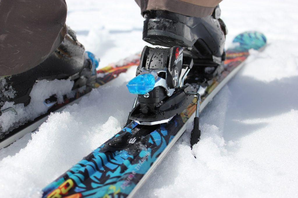 ski-810500_1280