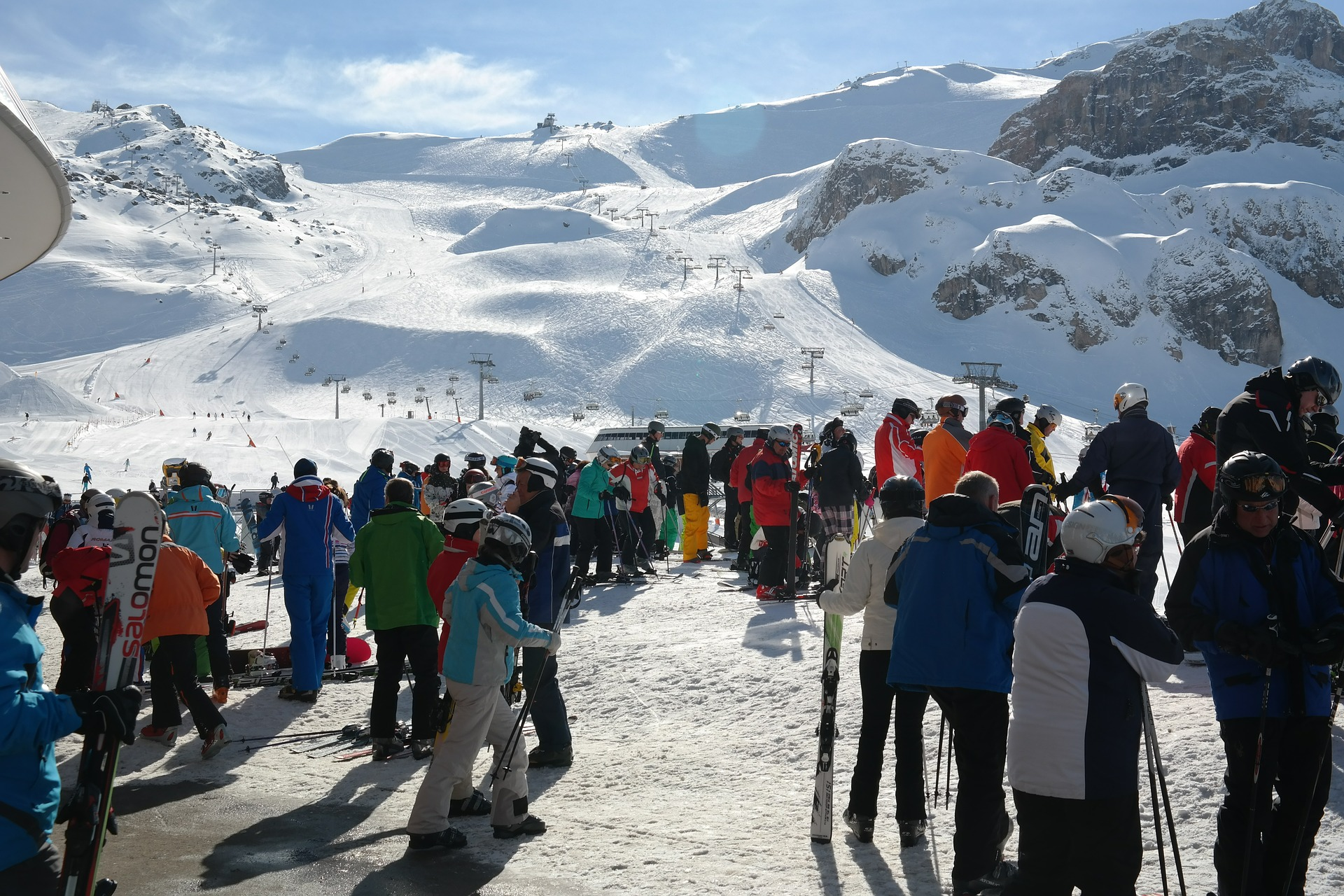 FIS RULES FOR SAFETY IN WINTER SPORT CENTRES